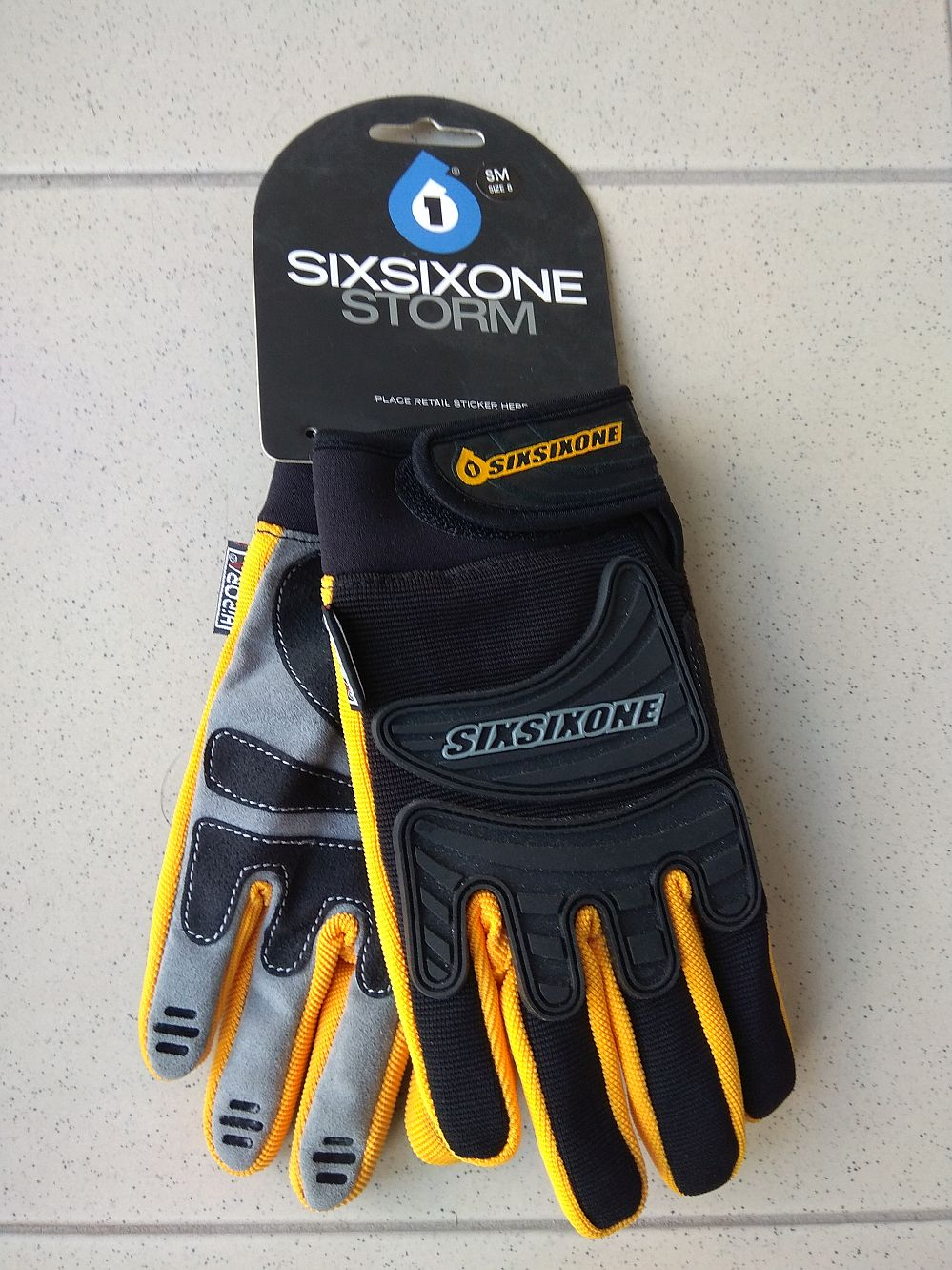 661 Storm gloves SixSixOne Black / Yellow size S