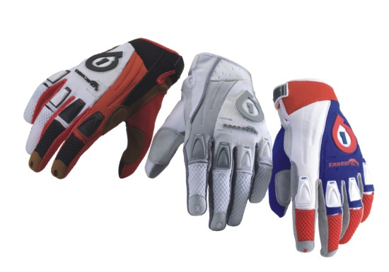 661 Descend gloves SixSixOne red