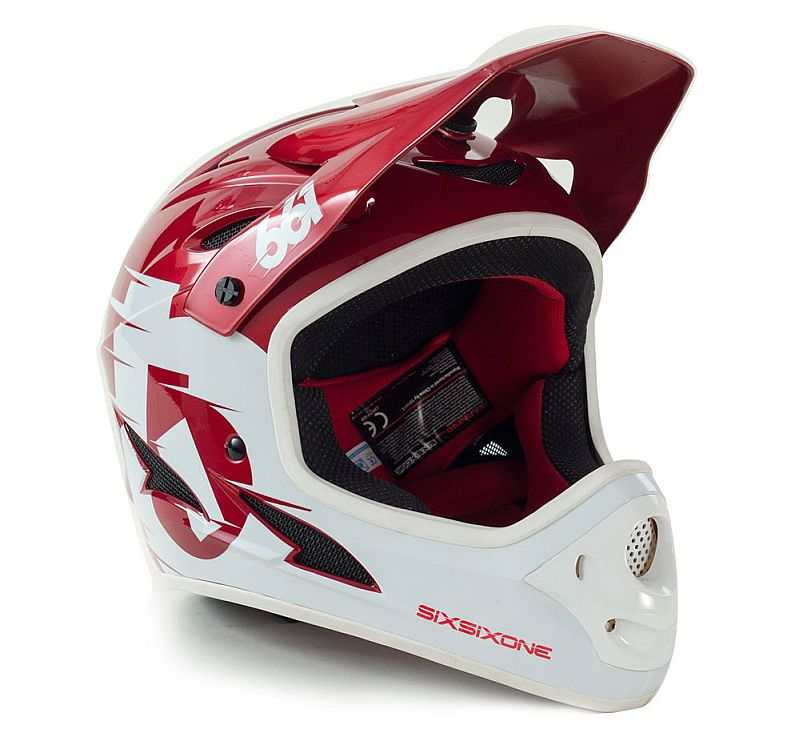 661 Comp II Red helmet
