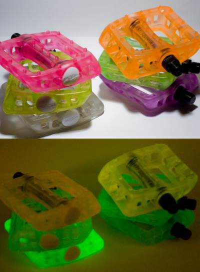 Odyssey pedals Twisted PC glow series